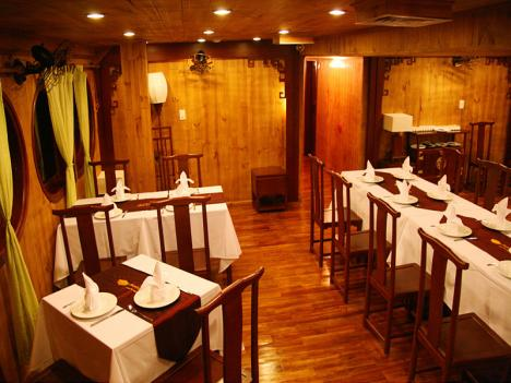 mekong eyes cruise dining room