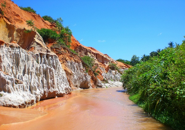 Fairy Stream (Suối Tiên) in Mui Ne