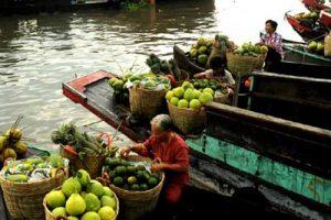 Cai Be market