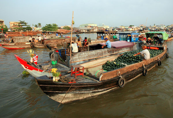 Floating Market in the morning