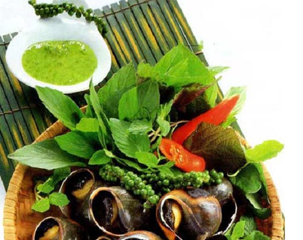 Baked snail with green pepper
