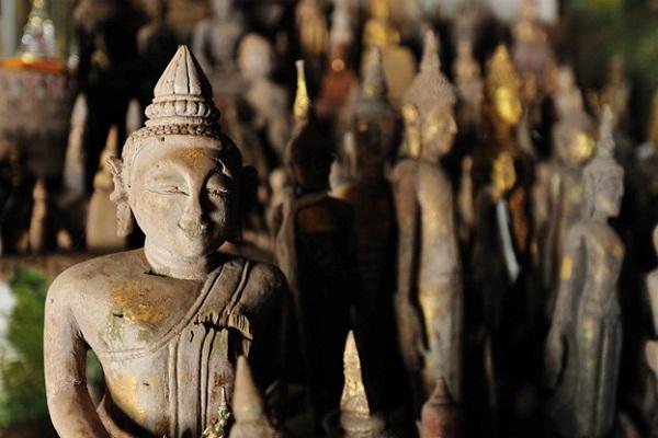 Buddha sculptures in Pak Ou Buddha Caves