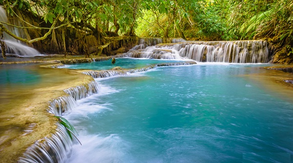 Kuang Si Waterfalls (Clint Burkinshaw)