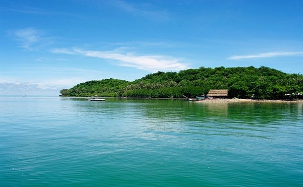 One of the most beautiful islands in Ba Lua Archipelago having living people