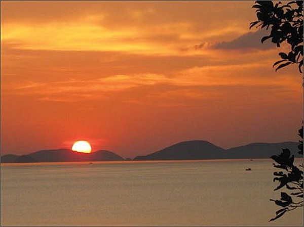 The splendid of the sunset moment in Ba Lua Archipelago