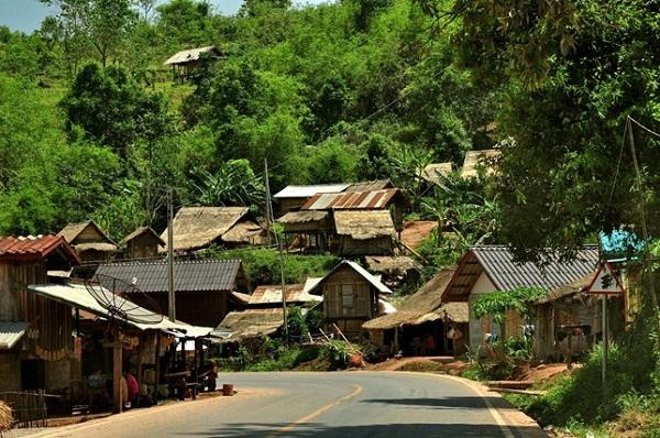 Ban Na Hin village