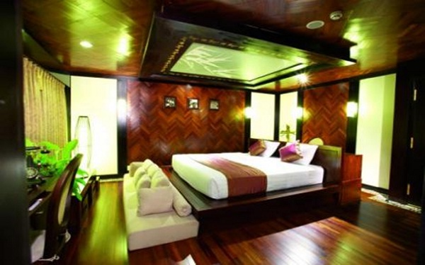 A luxury, fully equipped cabin of RV Amalotus Cruise