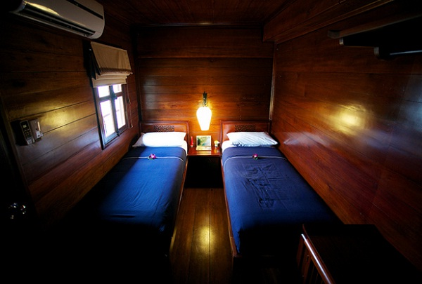 The twin cabins are elegantly designed with air-conditioning and a private bathroom with hot water shower