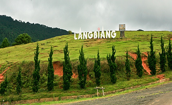 Langbiang Mountain – the roof of Dalat