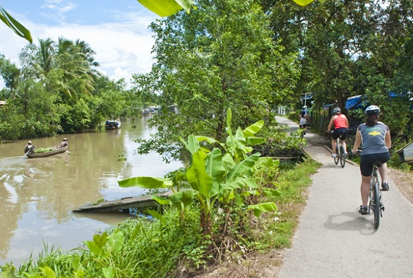 Mekong Delta bike tour is a great way to experience the southern corner of Vietnam
