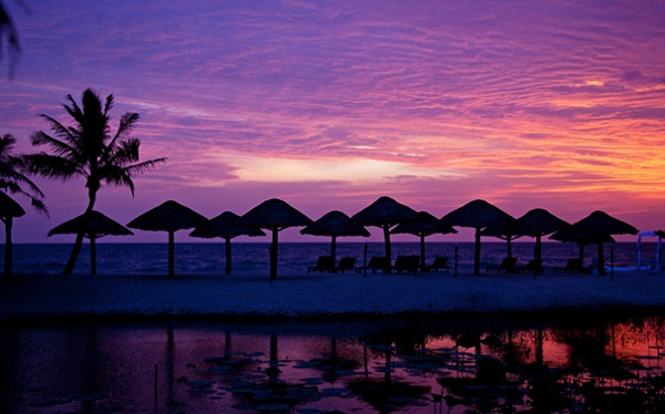 Mysterious beauty of Phu Quoc Island when night falls