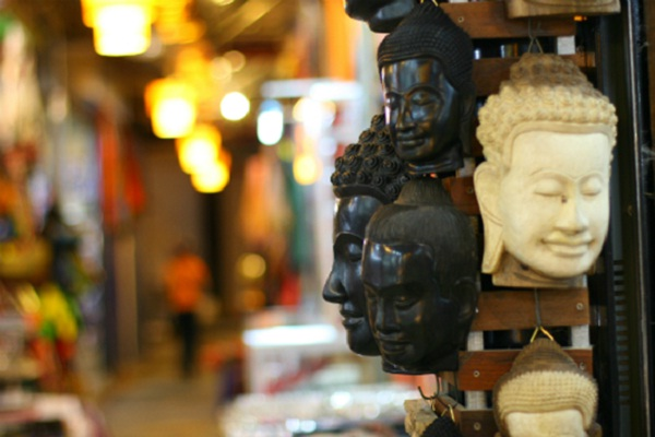 Sculptural products in Bayon shape are sold a lots in Siem Reap