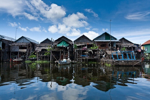 Houses are built close together in floating village