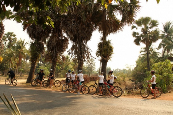 Discovering Angkor by bike is a fun and exciting experience