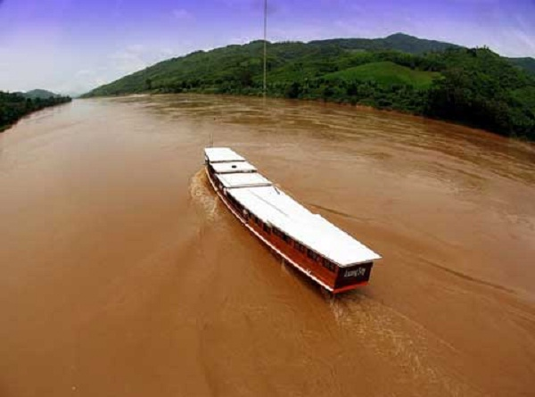 Yatch is the main means of transportation that tourist can try at the Mekong River