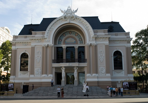 Architecture of the theatre