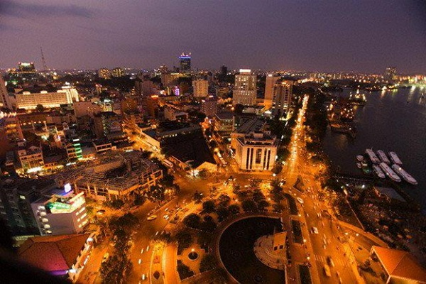 Splendid and eventful life in Hochiminh city