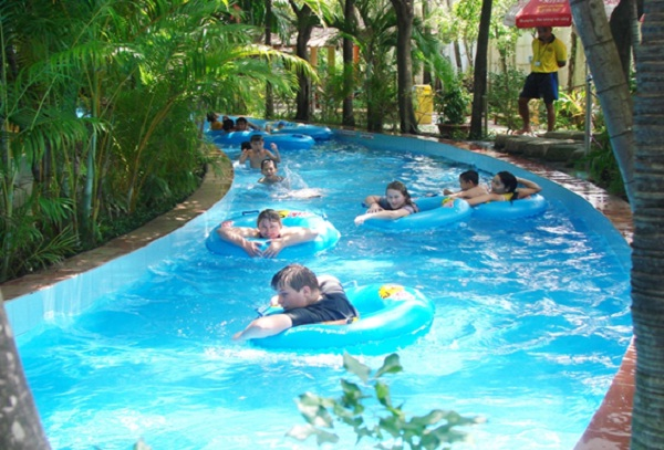 Gentle lake in Dam Sen Water Park