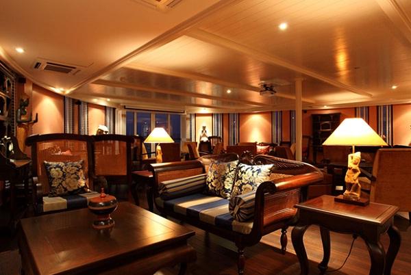 Jayavarman's lounge
