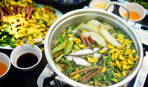 """Linh"" fish with ""dien dien"" flower"