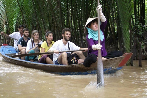Experience river life of the Mekong