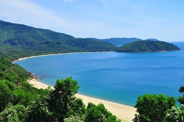 Lang Van beach