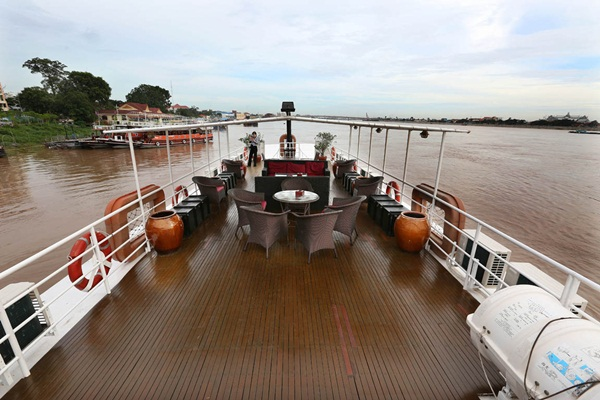 Toum Tiou II, which you can choose when deciding to explore Mekong delta by boat