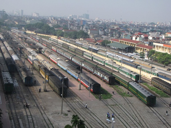 Trains in Vietnam