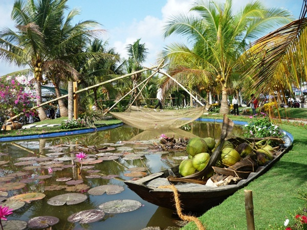Discover the kingdom of coconut in Ben Tre travel