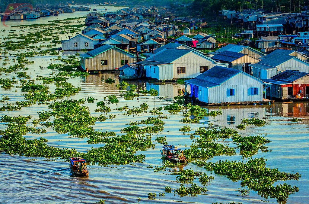Floating houses on the river in Chau Doc, An Giang