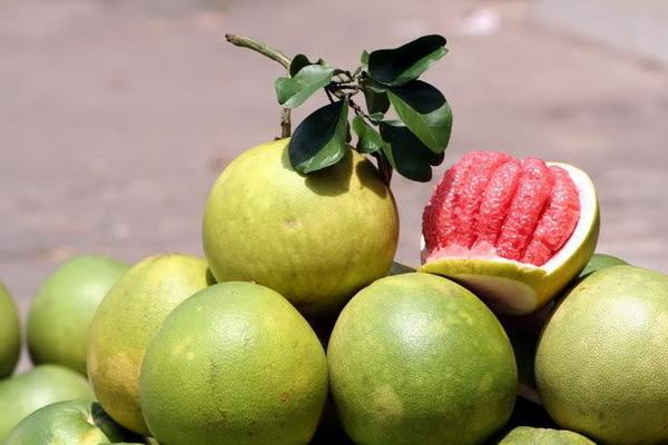 Green skin grapefruit is specialty of Ben Tre