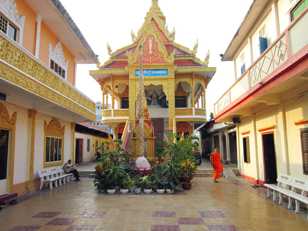 Khmer Pagoda of Munirangsyaram in Can Tho