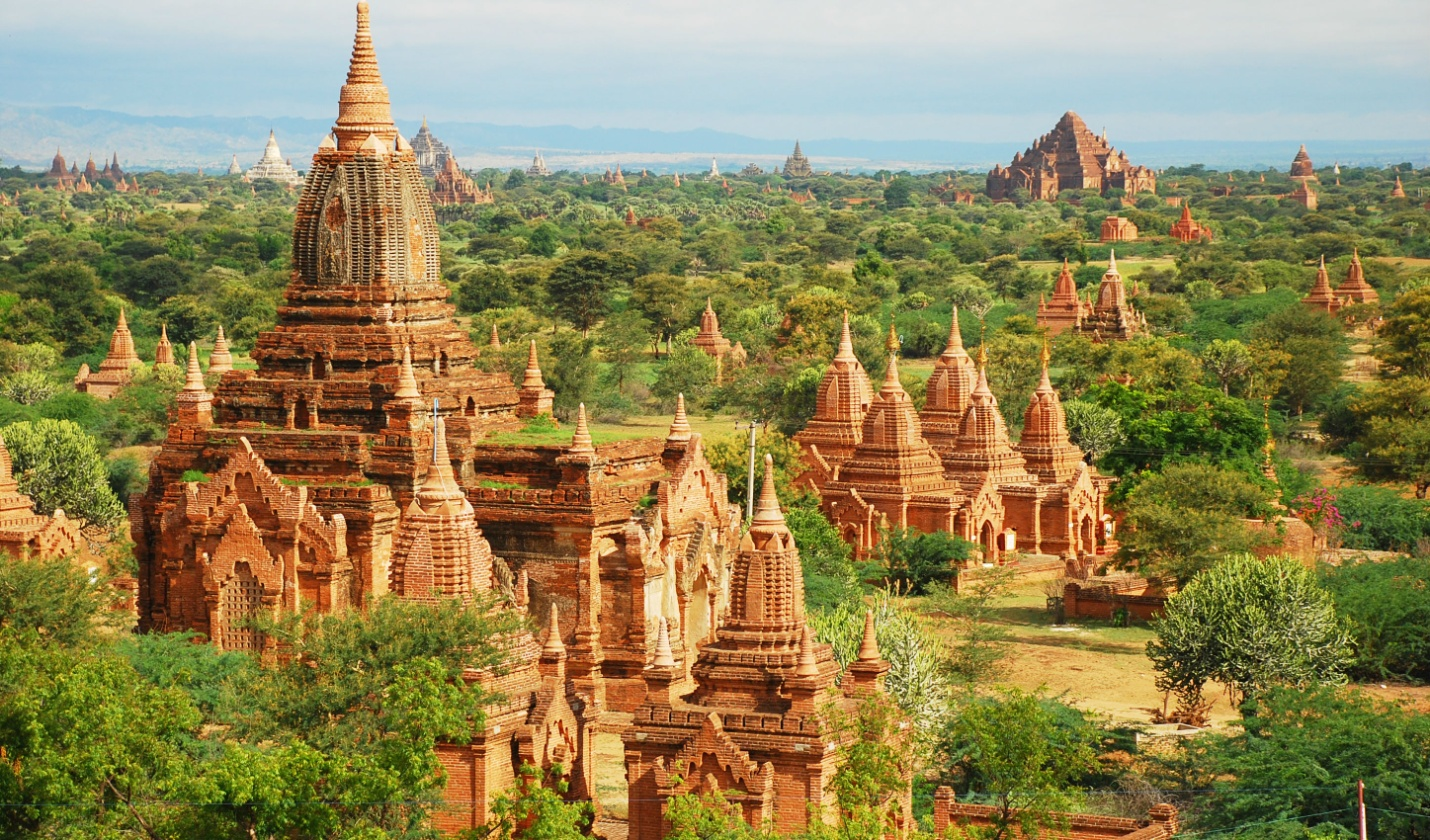 Bagan with thousands of monuments