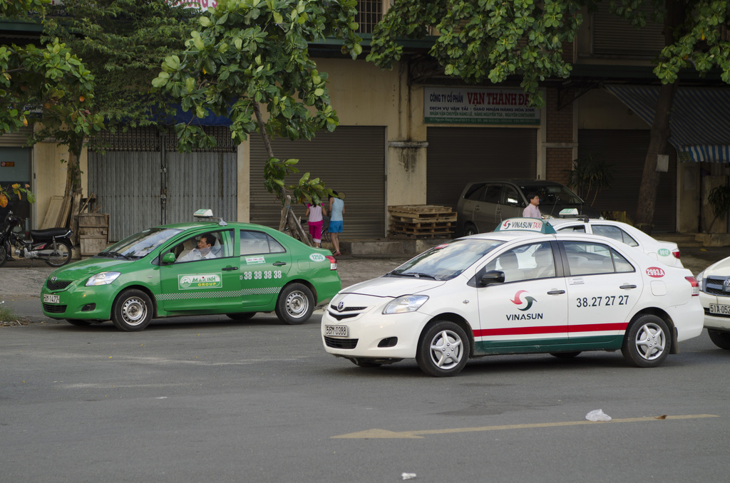 Taxi to Cu Chi Tunnels