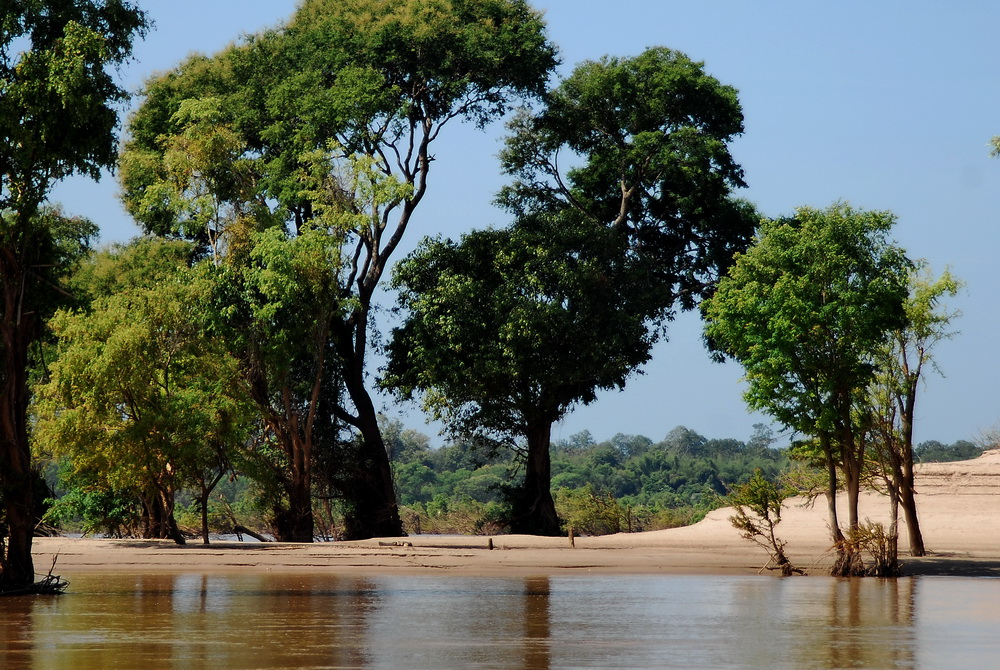 The Mekong River between the Laos border and Stung Treng is very heavy on stunning scenery