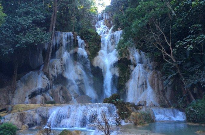 The magnificent beauty of Kuang Si Waterfall