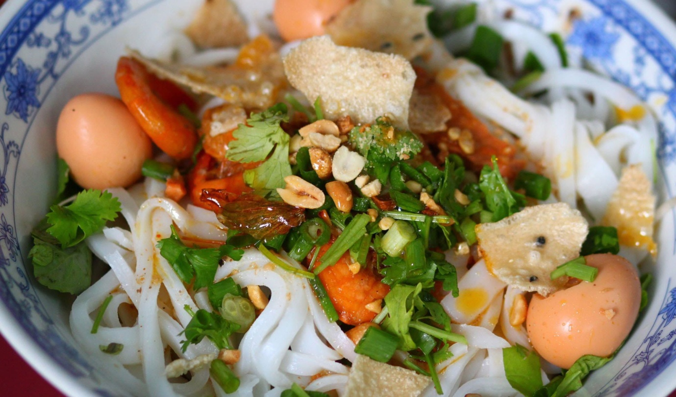 An authentic flavor of Quang noodle