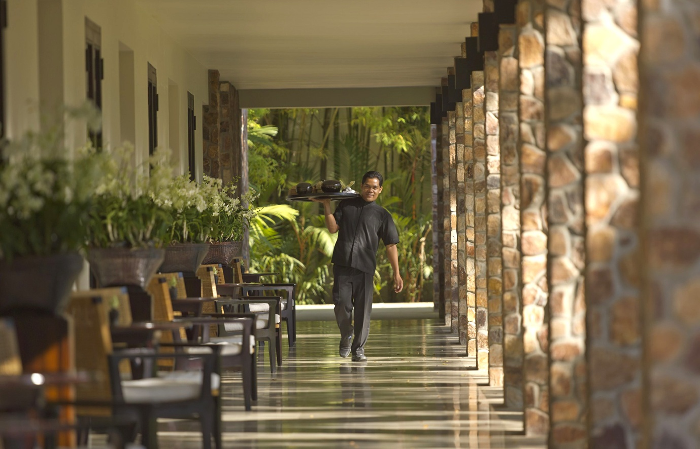 awesome dining experiences at the amansara resort siem reap