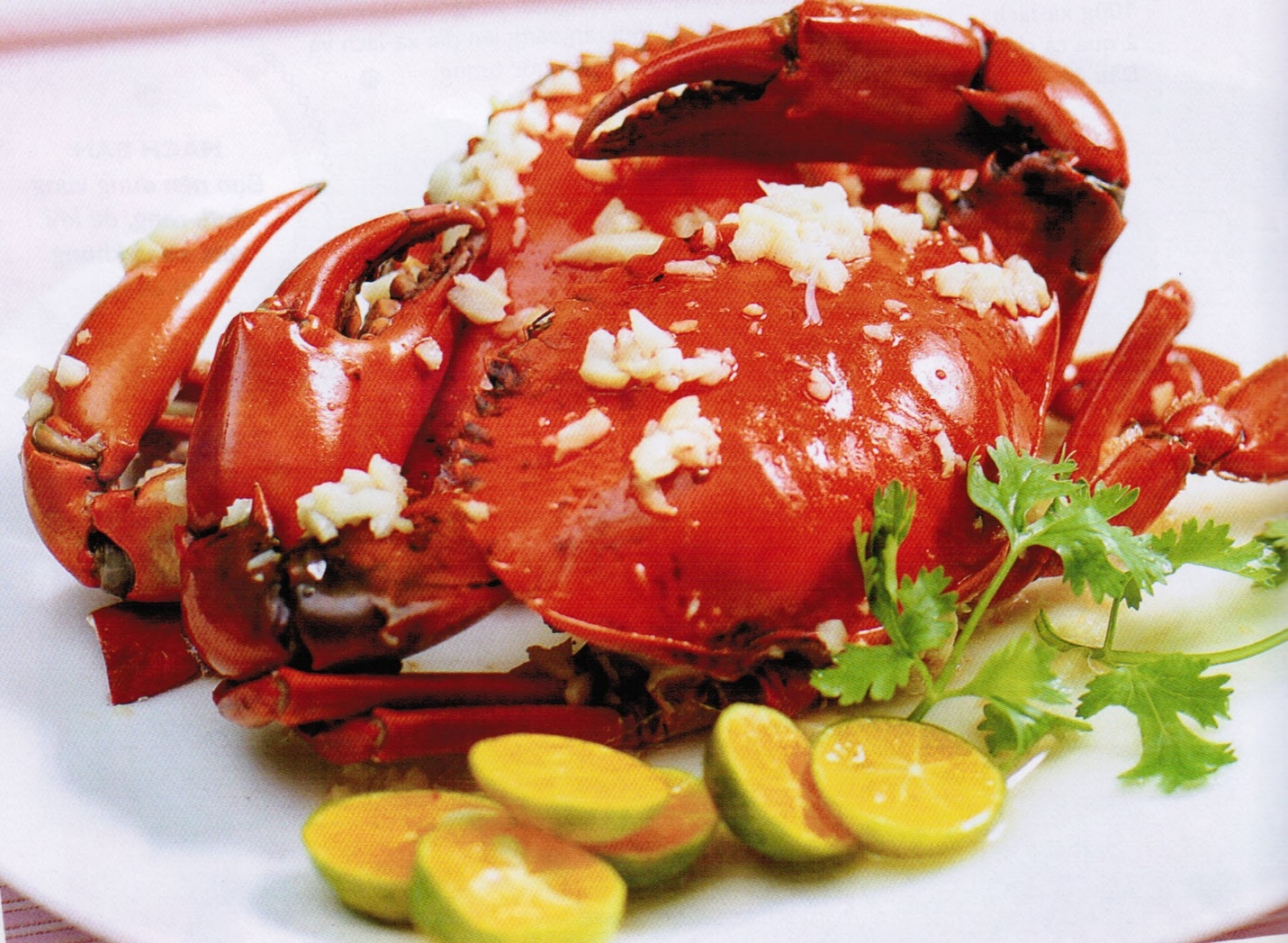 Steamed stone crab is very attractive for tourists