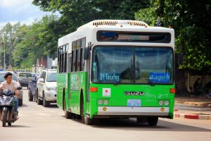 Bus to Patuxai