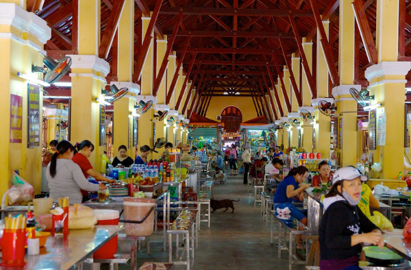 Food area of Hoi An market