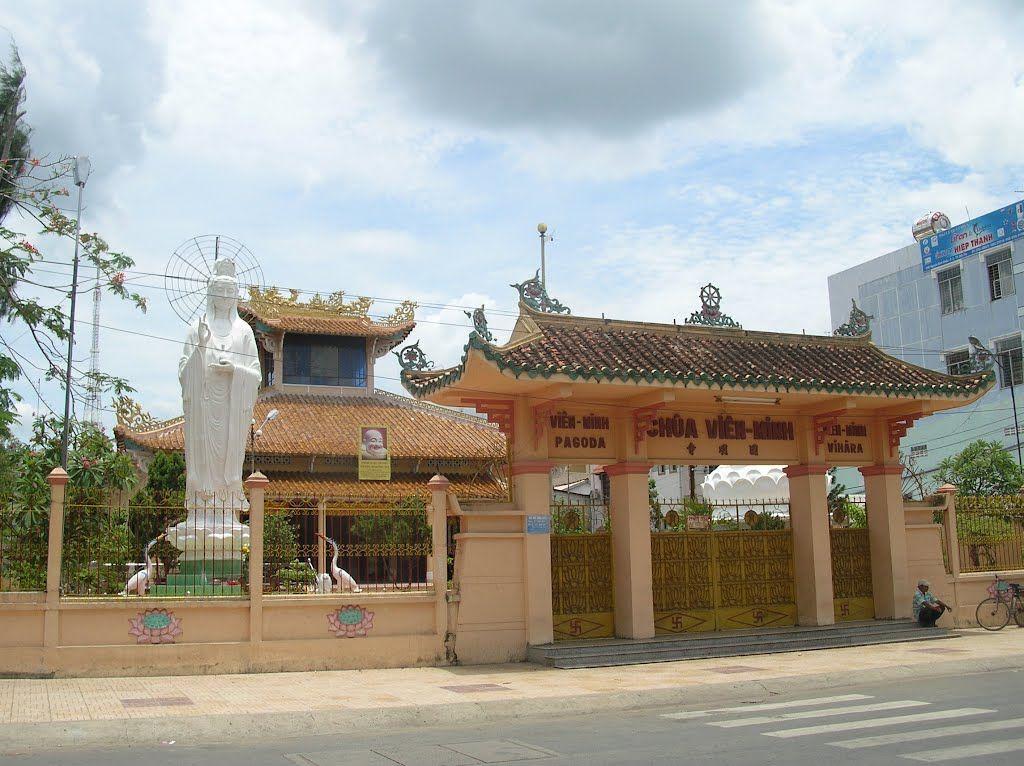 Vien Minh pagoda