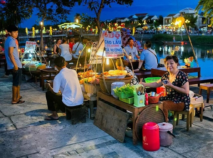 Where to try Cao lau in Hoian