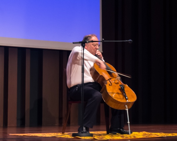 A solo cello performance by Beatocello