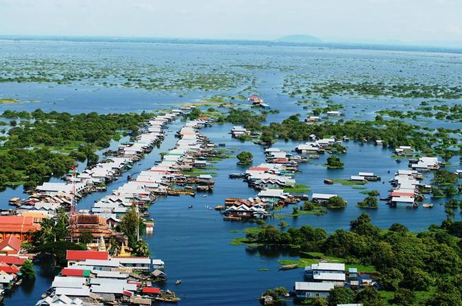 Tonle Sap Lake, Kompong Phluk Village