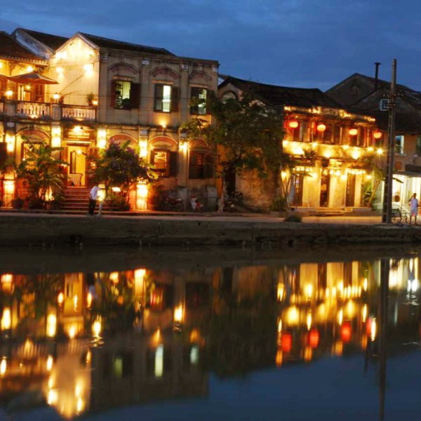 Enjoy the beauty of Hoian in the April from distance