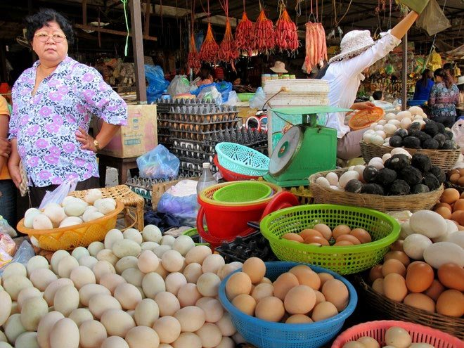 Where to shop for food in Battambang