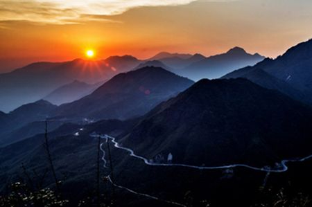 Romantic sunset of Sapa