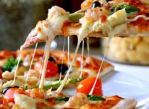A wonderful pizza at Buzza Pizza