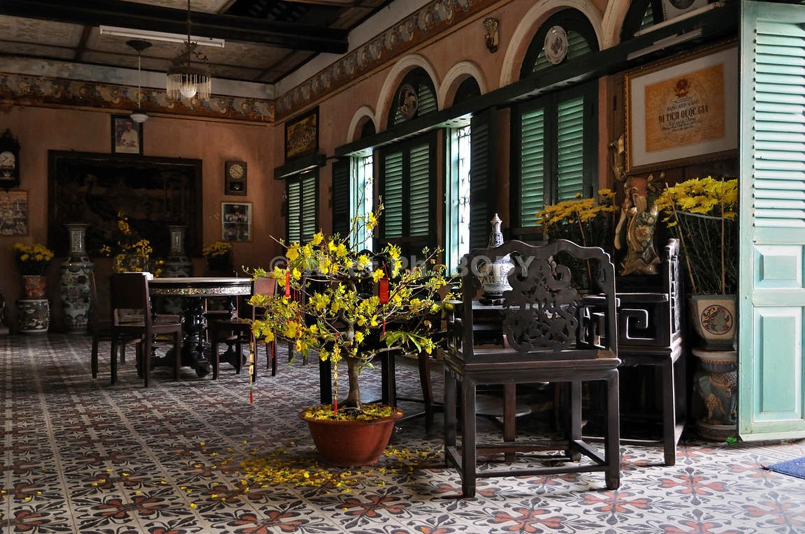 Architecture inside Binh Thuy house